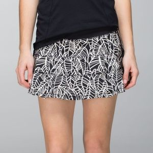 6 Lululemon Pace Rival Skirt Pretty Palm Angel